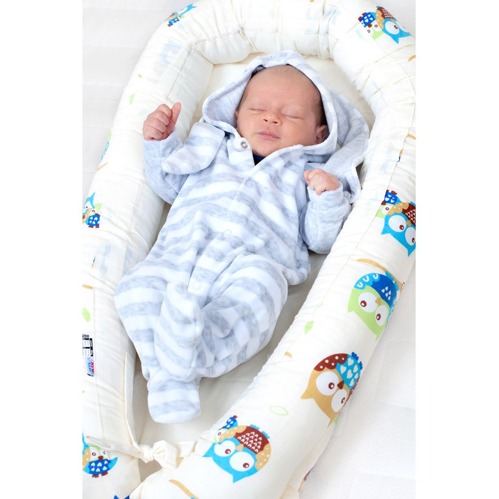 Luxusní hnízdečko s peřinkami pro miminko New Baby bílo-šedé hvězdičky