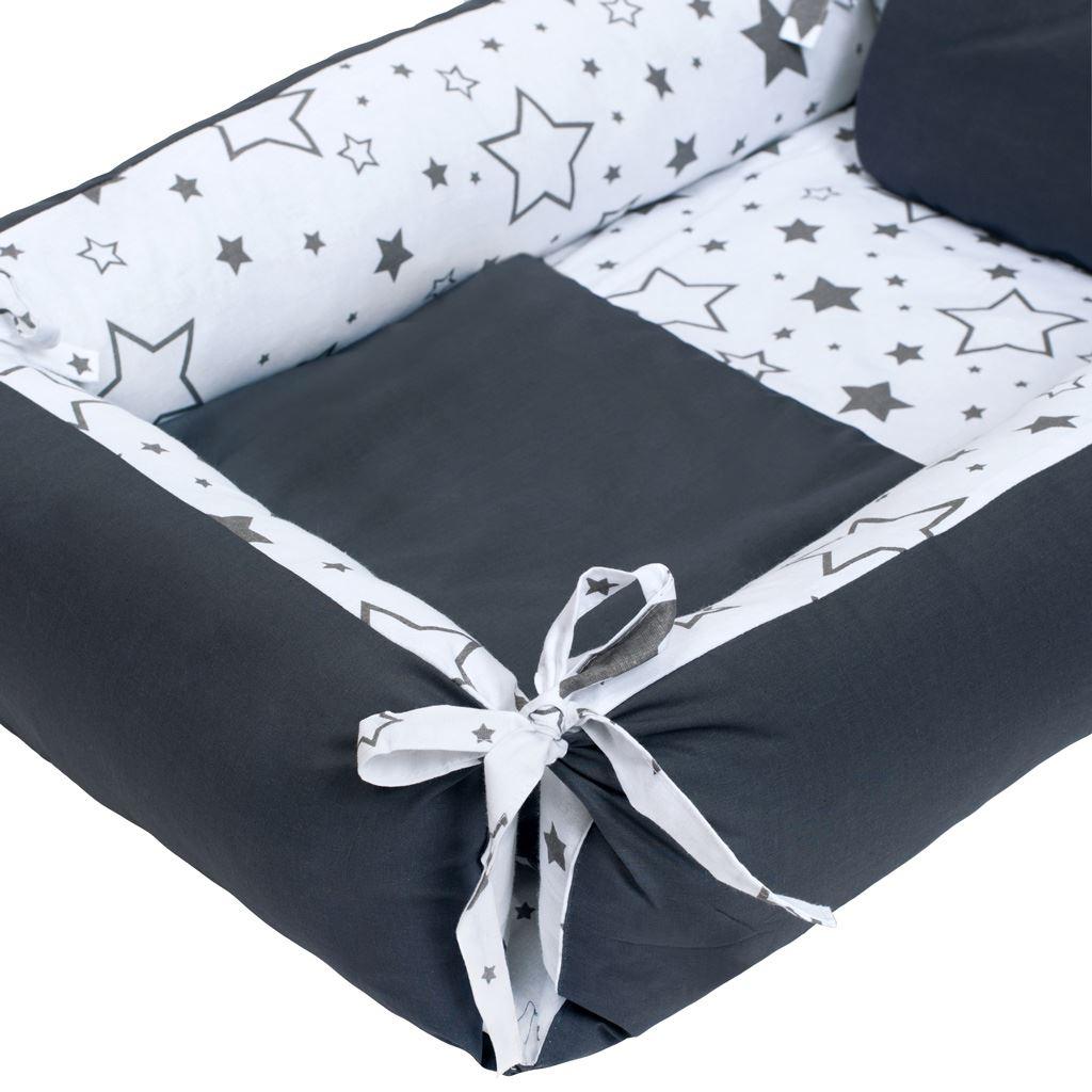 Multifunkční hnízdečko s polštářkem a peřinkou New Baby hvězdy šedé