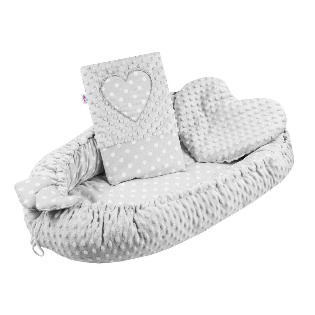 Luxusní hnízdečko s polštářkem a peřinkou New Baby Srdíčko šedé