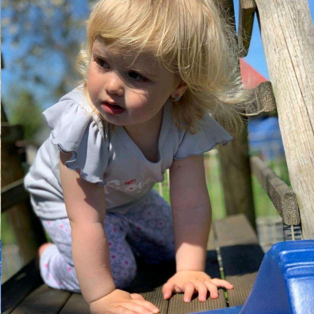 2-dílná kojenecká bavlněná souprava New Baby Happy Flower šedá vel. 86 (12-18m)