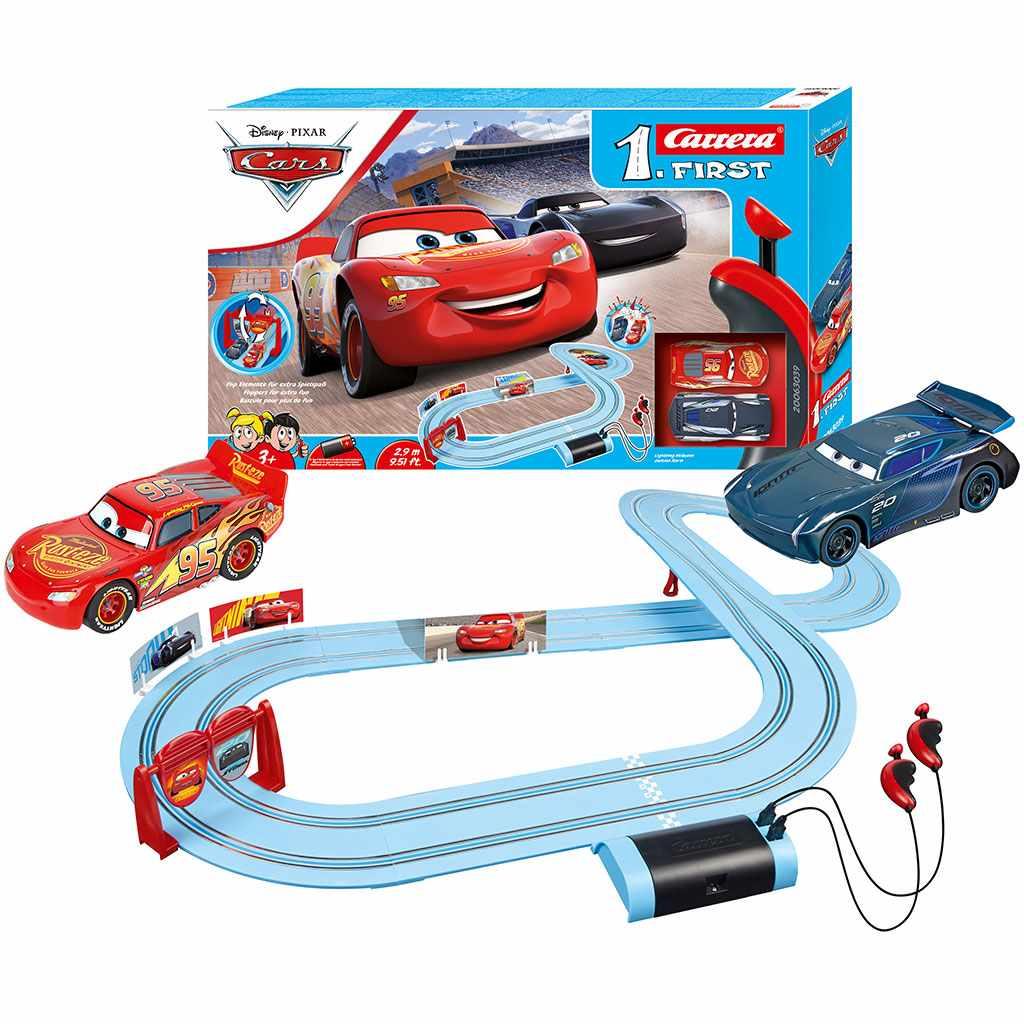 Autodráha Carrera FIRST Disney Cars Piston Cup 2,9m